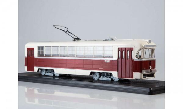 43 Straßenbahn RVZ-6M2