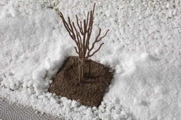 H0 Bäume jung ohne Laub 10-Stück NH2020(03)