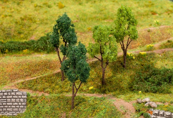 H0 Bäume 4-Stück 60-70mm